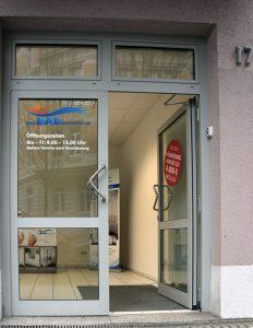 BADbarrierefrei Leipzig Haupteingang